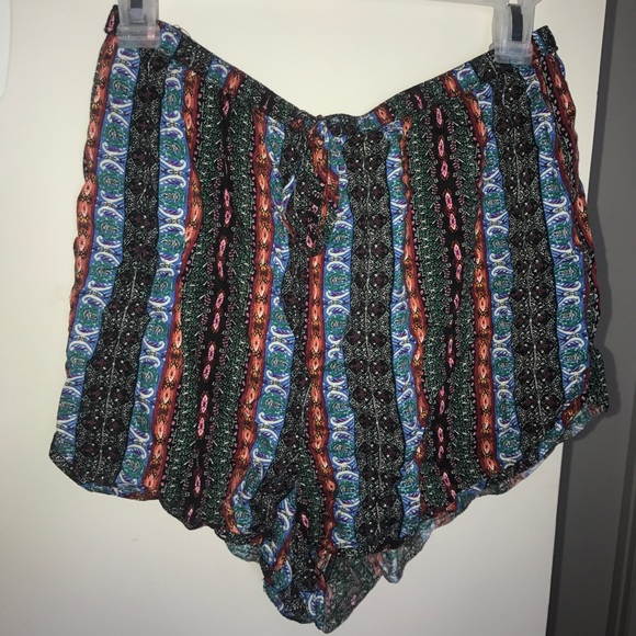 Abercrombie & Fitch Pants - Cloth shorts